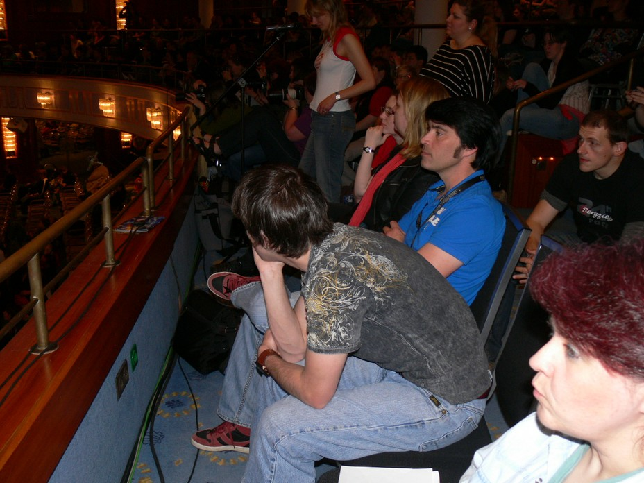 Patrick Bell (Xon) and James Cawley (Kirk) watching the FedCon events on stage